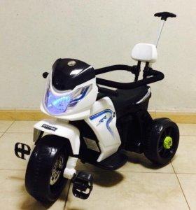 Мотоцикл - велосипед детский 2 в 1 с родит. ручкой