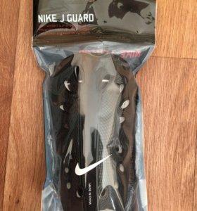 Щетки футбольные Nike