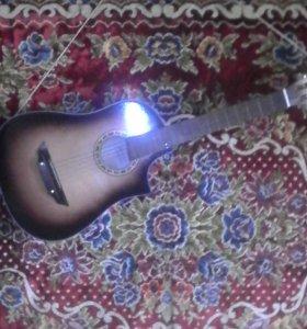 Продаю гитару.