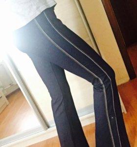 Новые брюки NIKE