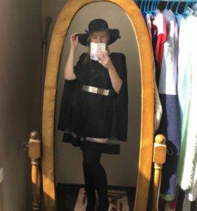 Черное пальто-пончо