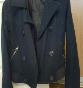 Куртка драповая женская