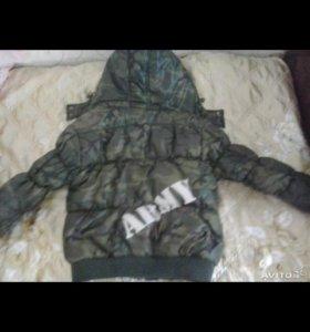 Куртка демисезонная на мальчика 105-110