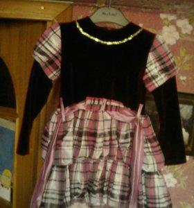 Платье нарядное на девочку 5л.