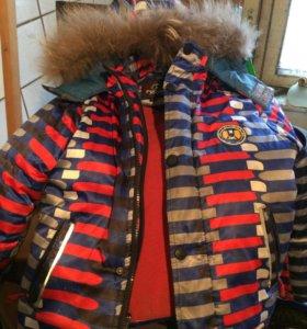 Куртка на мальчика лет 5-6.