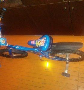 Велосипед четырех колесный