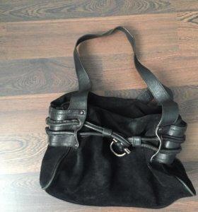 Чёрная кожаная сумка toto