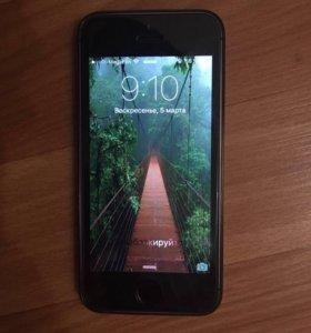 Продам iPhone 5s(айфон)