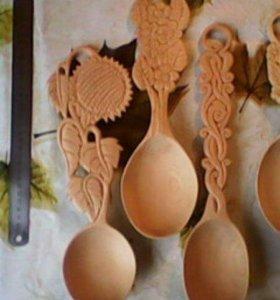 Сувенирные изделия из дерева.