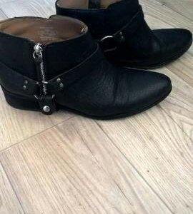 Ботинки кожанный zara 40 размер