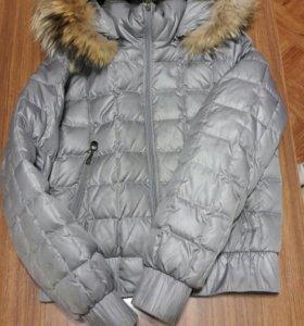 Продам куртку(пуховик)