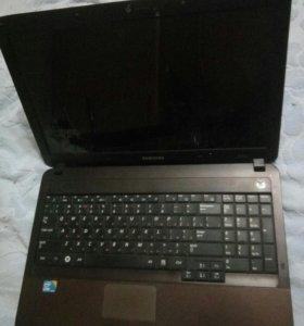 Ноутбук Samsung NP-R540H