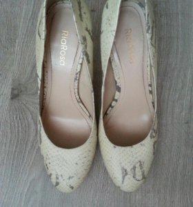 Туфли RiaRosa размер 39