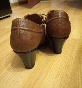Туфли закрытые весенние