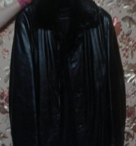 Куртка кожаная, натуральная кожа, натуральный мех.