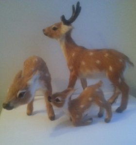 Фигурки семья оленей