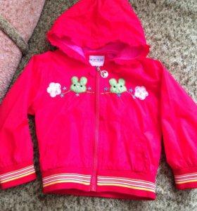 Яркая куртка для девочки