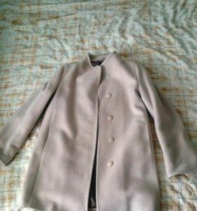 Пальто демисезонное женское POMPA