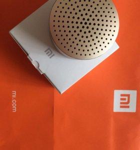 Колонка Xiaomi / Mi Portable Bluetooth Speaker