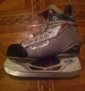 Коньки хоккейные Easton