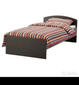 Кровать из лдсп!новая