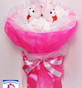 Букеты из мягких игрушек: розовый, с зайчиками