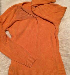 Персиковый свитерок