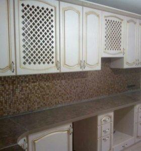 Кухня с золотой патиной Афродита