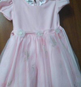 Праздничное платье для девочки на 3-4годика