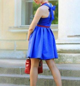 Платье синее 42-44р