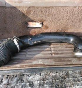Патрубок воздушного фильтра форд фокус 2