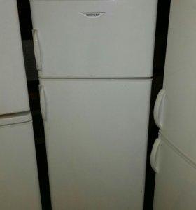 Холодильник Rosenlew 150см высотой