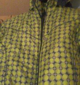 Куртки продам