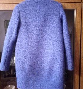 Пальто осенние 80% шерсть