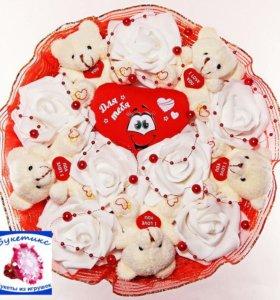 Букеты из игрушек: красный, с мишками и сердцем