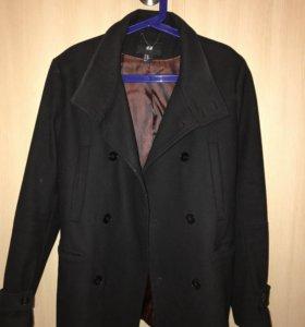 Пальто в состоянии нового
