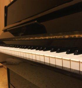 """Фортепиано """"Заря"""""""