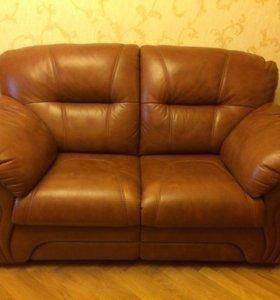 Кожаный диван Britannica