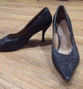 Кожаные туфли,37р