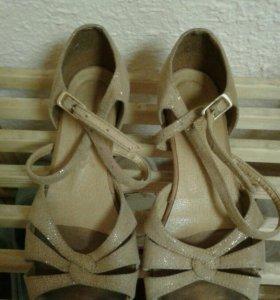 Бальная обувь+тренировочное платье!