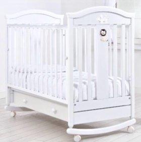 Детская белая кроватка из массива Гандылян Даниэль