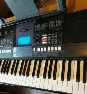 Синтезатор Ямаха 423, полупрофессиональный,