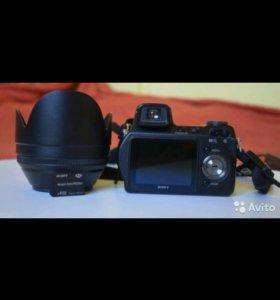 Фотоаппарат Sony DSC-H7 + кабель+ бленда + сумка