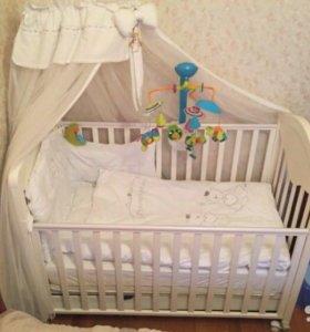 Кроватка-качалка и пеленальный стол Baby Italia