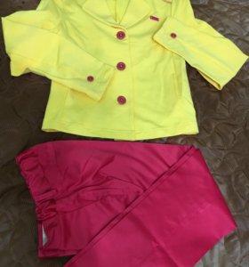 Комплект (пиджак и брюки)на девочку