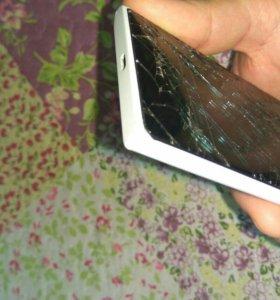 Телефон Nokia lumia 735