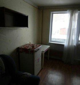 Комнату в 3 комнатной квартире