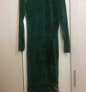 Новое платье ЗЕЛЕНОГО цвета. 42-44
