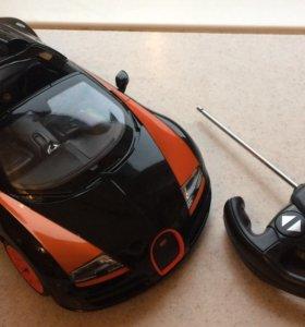 Машина Bugatti