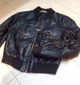 Курточка на девочку р42-44